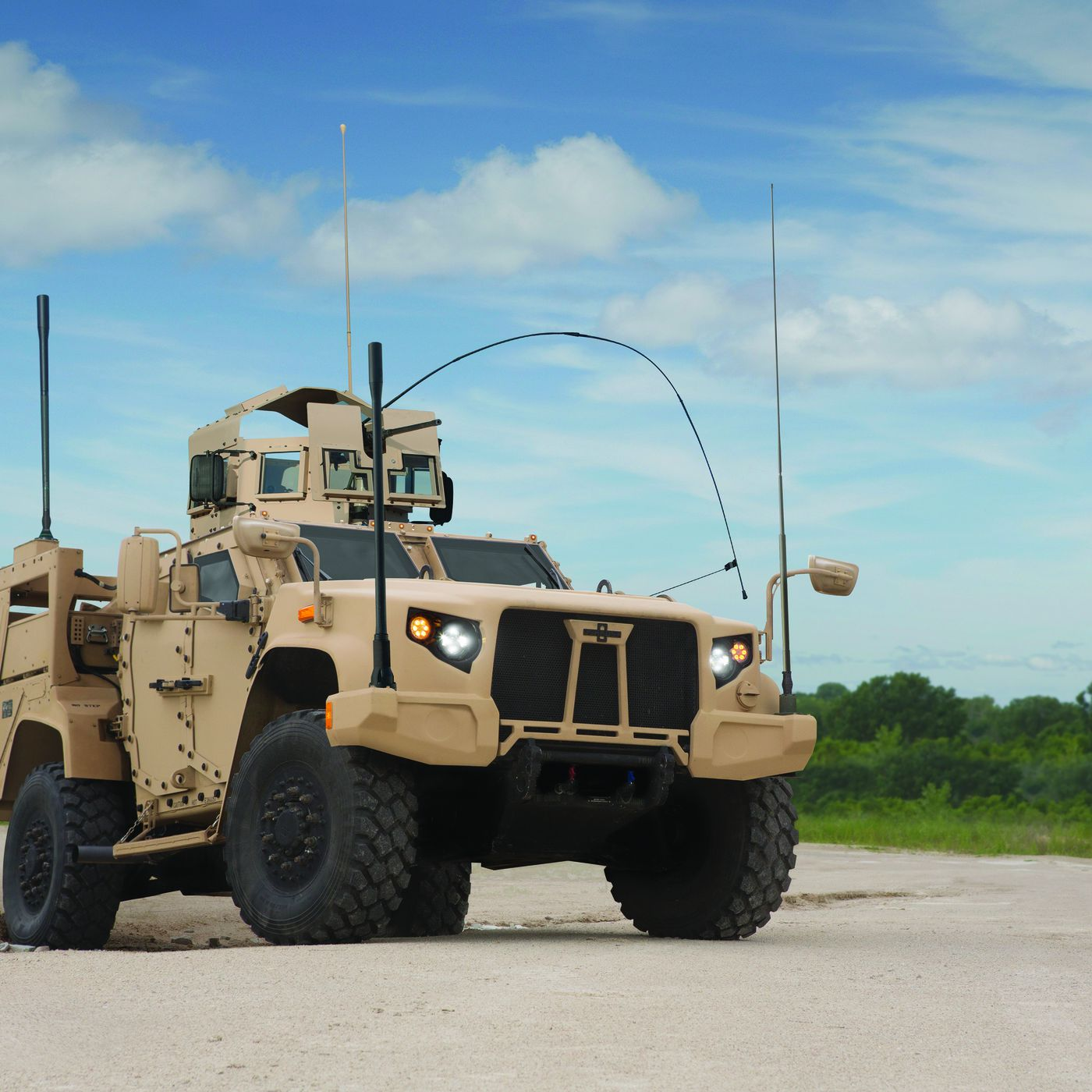 Here is the badass truck replacing the US military's aging