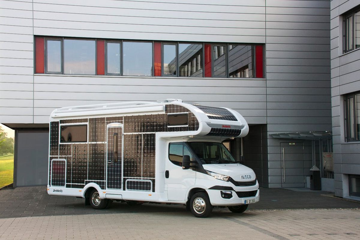 All Electric Motorhome Is Completely Covered In Solar