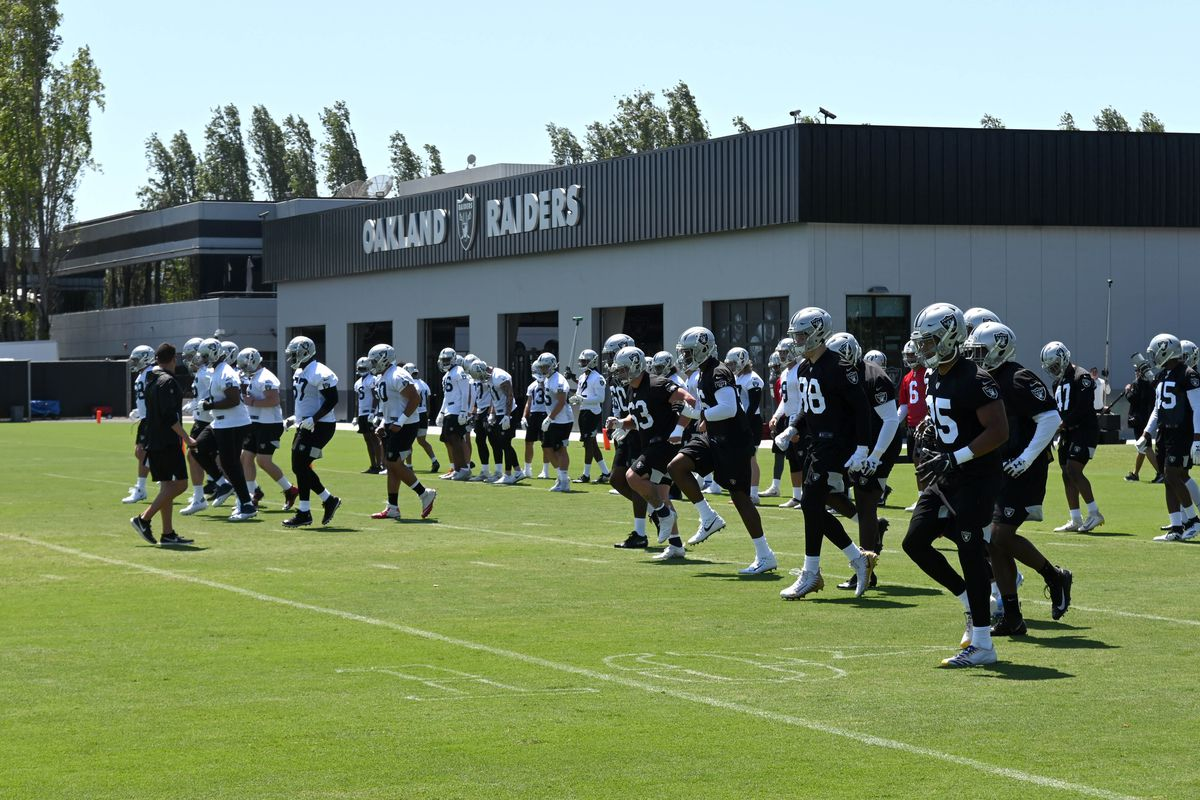 NFL: Oakland Raiders-Rookie Minicamp
