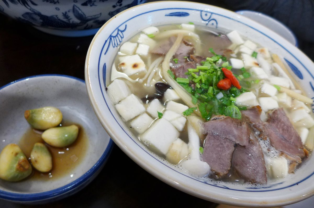 Shaanxi soup found in funkier form at Xi'an Famous
