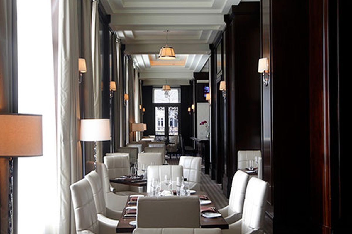 The Cafe & Bar at The Mandarin Oriental, Atlanta. Photo courtesy of The Mandarin Oriental.