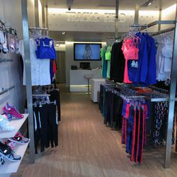 """↑ Next, check out the latest addition to Brentwood Gardens, courtesy of our fitness-obsessed pals from Brazil. Treat yourself for starting the day off with a great sweat sesh and pick up some new gear at <a href=""""http://la.racked.com/archives/2014/12/16/t"""