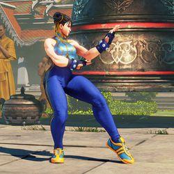 <em>Street Fighter 5</em>