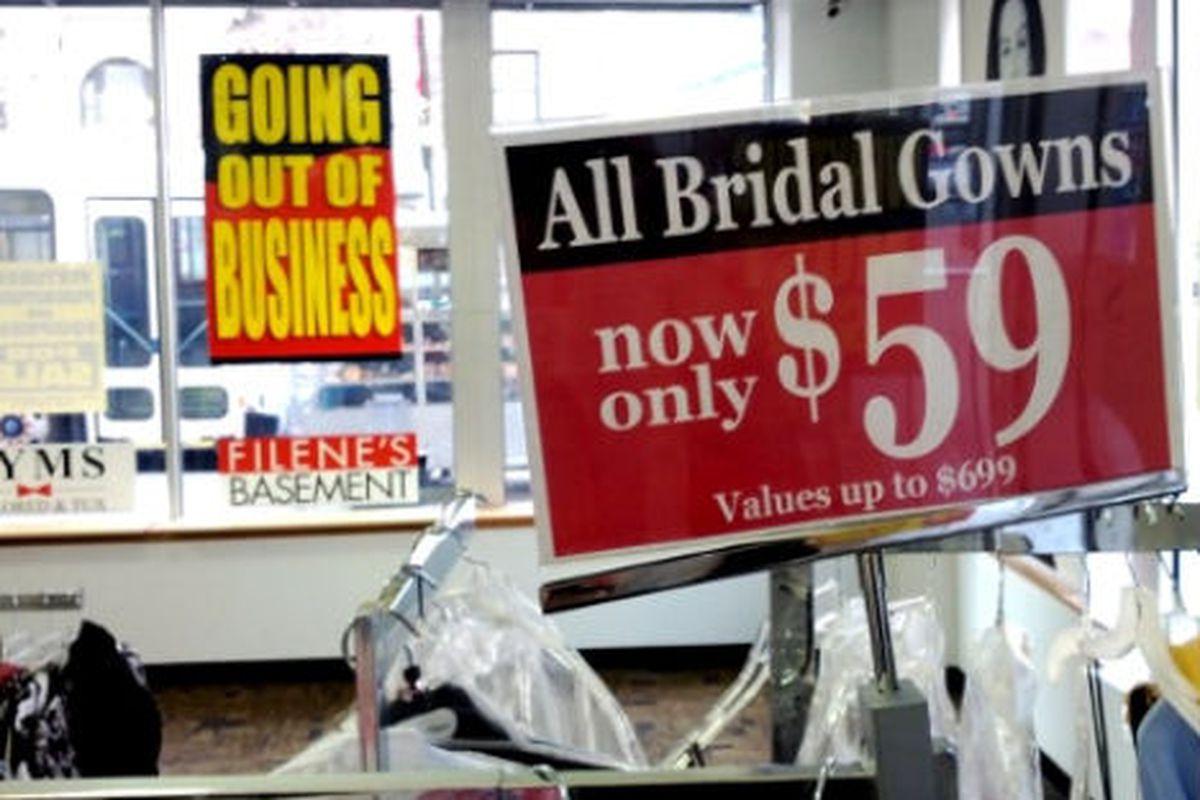 "Image via <a href=""http://myupperwest.com/upper-west-side-blog/59-wedding-gowns-at-uws-filenes-basement-liquidation-sale-everything-else-50-70-off/"">My Upper West</a>"