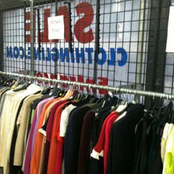 Theory sale at Clothingline was better left for those who know how to repair damaged clothing