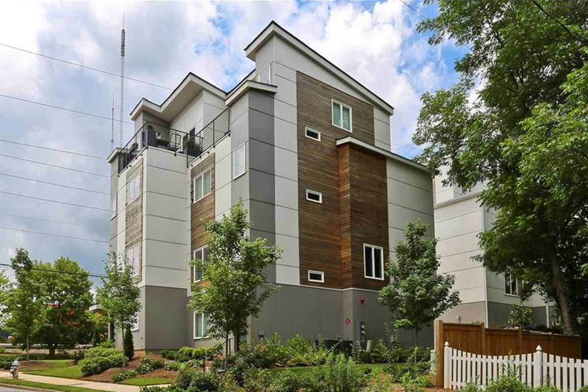 A photo of townhomes on DeKalb Avenue in Lake Claire Atlanta.