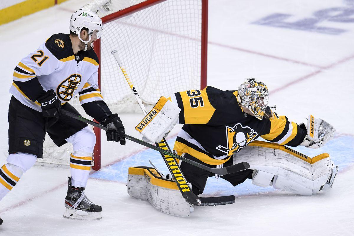 NHL: MAR 15 Bruins at Penguins