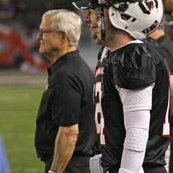 Connor Shaw looks on with head coach Dick Vermeil behind him.