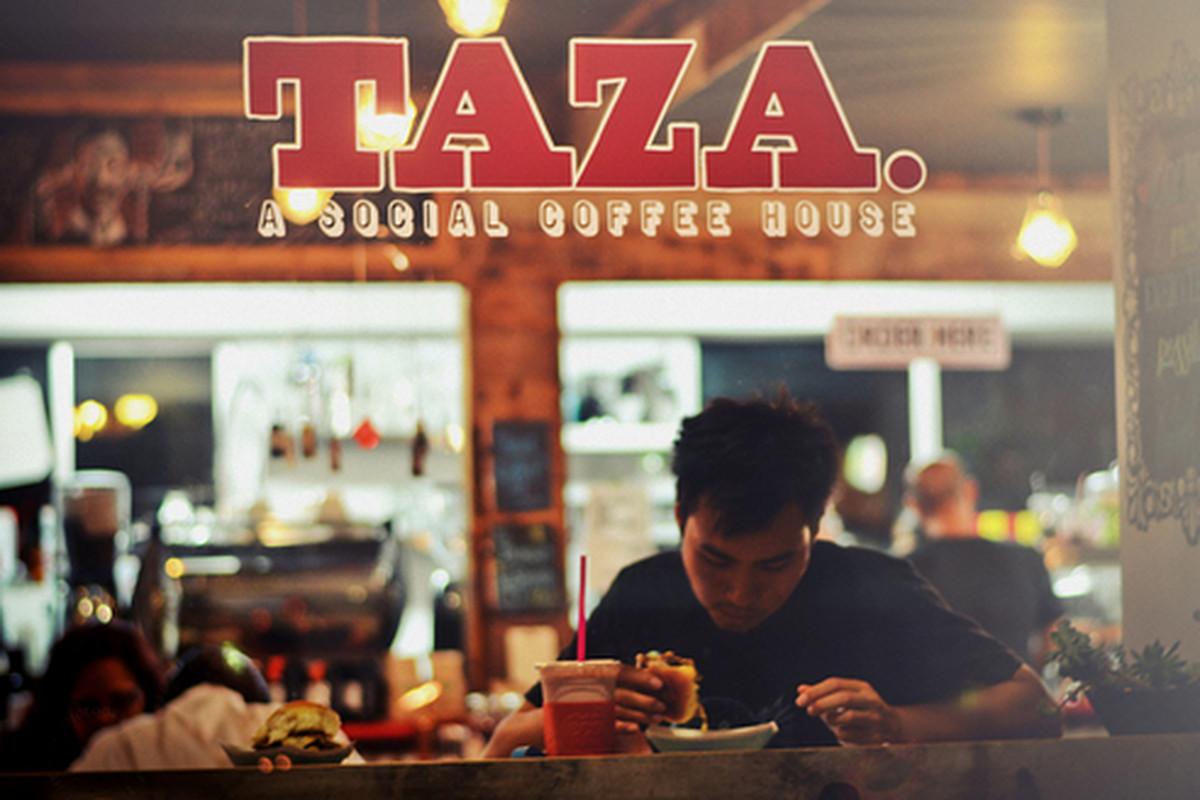 Taza, Arcadia.
