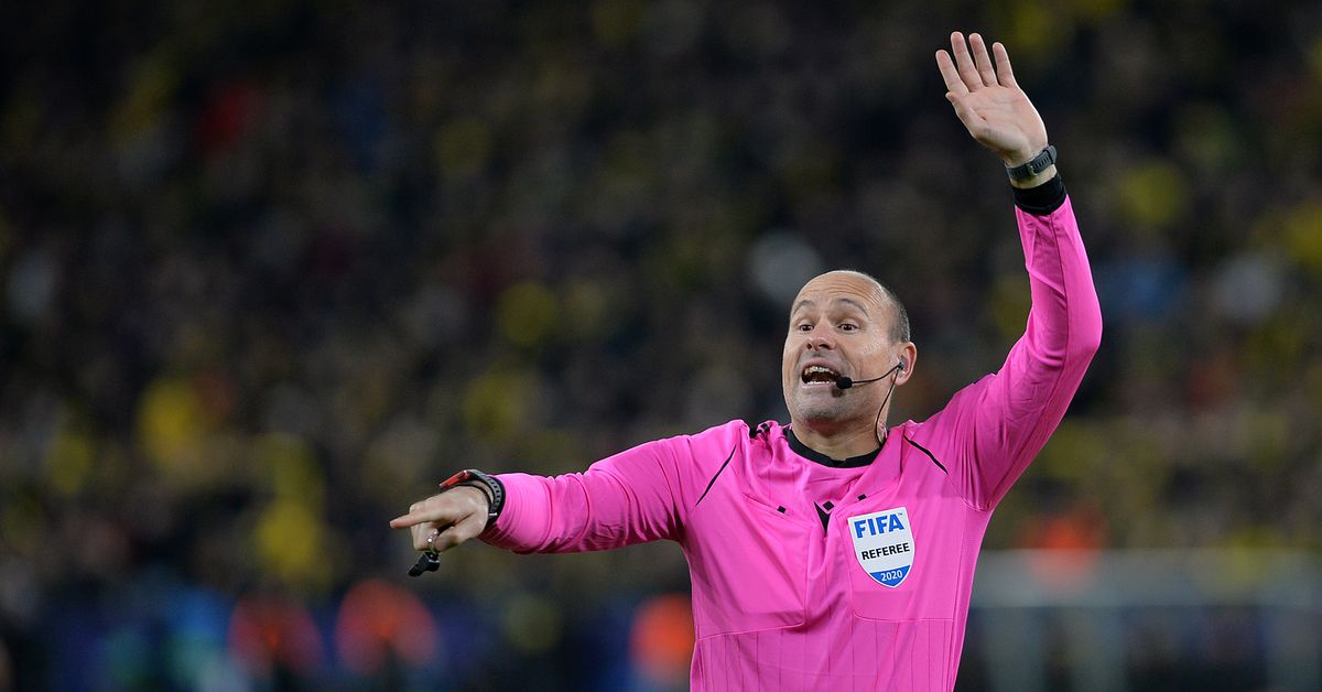 Referee named for El Clasico between Real Madrid and FC Barcelona thumbnail