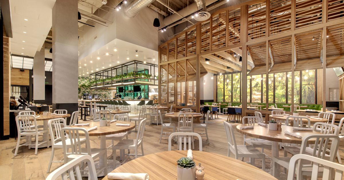 Healthy True Food Kitchen Debuts Its First Location on the Strip
