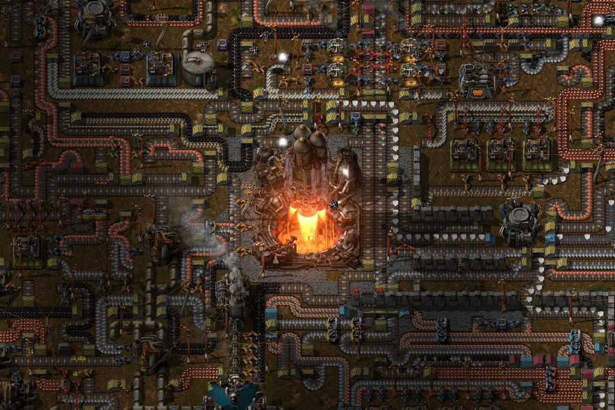 A giant city with a refinery in the middle in Factorio