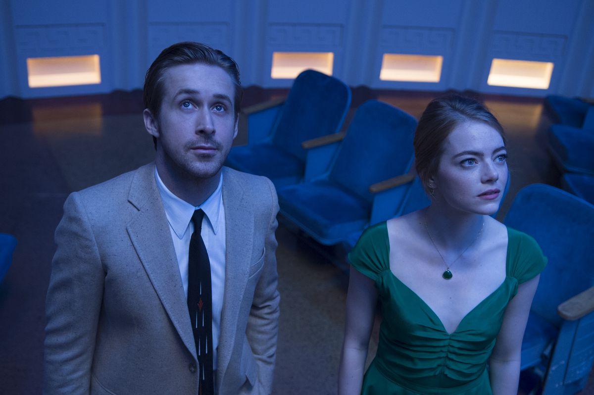 Sebastian and Mia prepare for liftoff at the planetarium in La La Land.