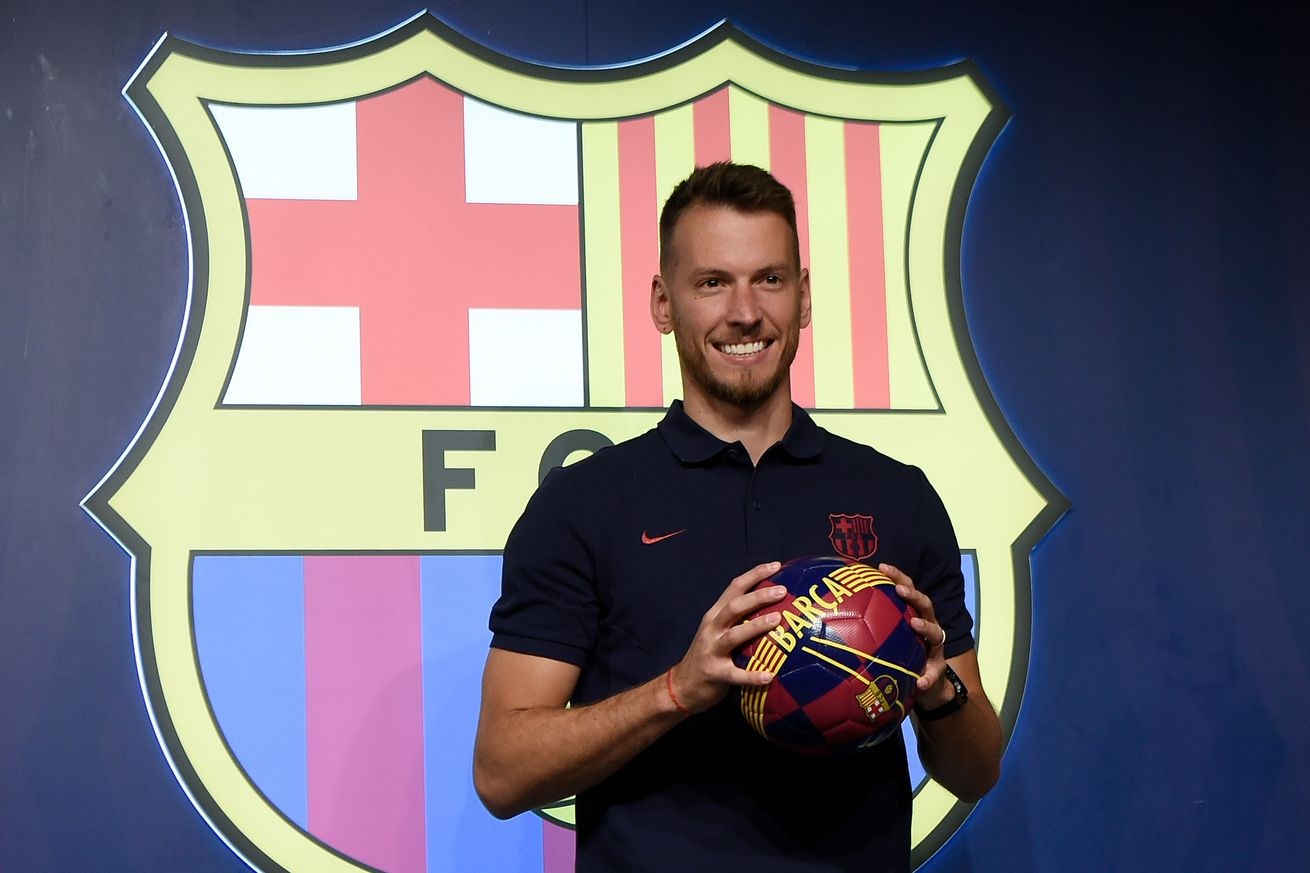 Neto: The backup between the posts that Barcelona needed""