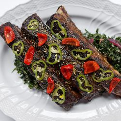 Carbone pork ribs
