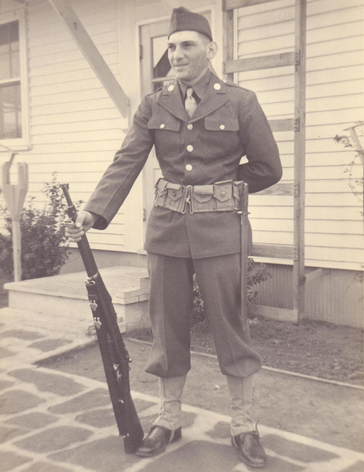 Arnie Massier served in the 3rd Infantry Division.