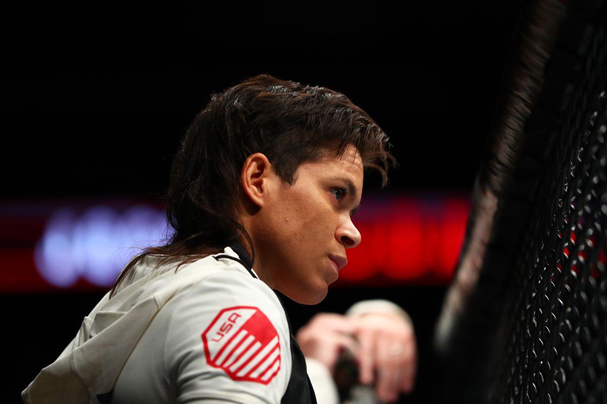 MMA: UFC Fight Night-Jones-Lybarger vs Ansaroff