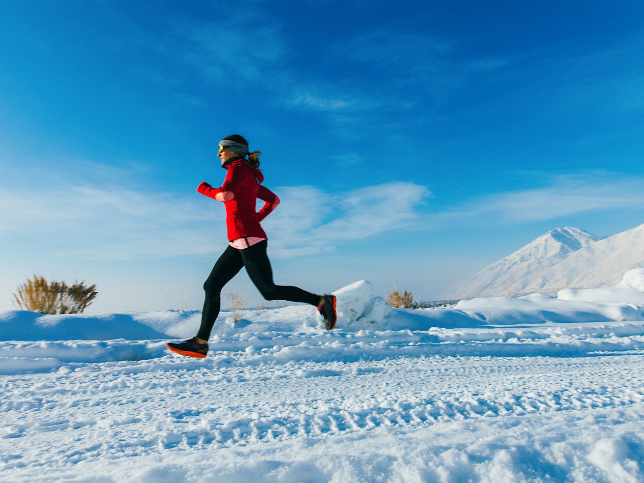 Exercising in the cold is refreshing — but it's not going to burn off many extra calories.