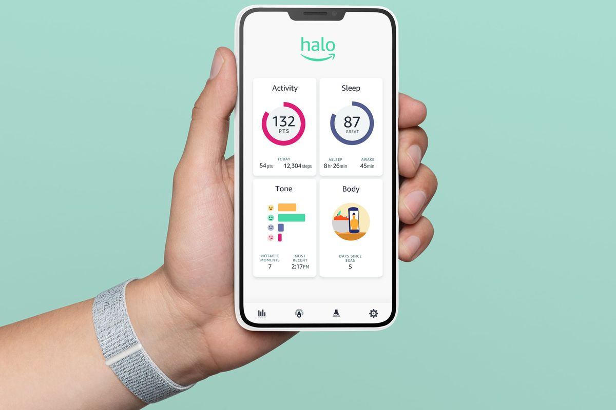 The Halo App can be used alongside this smart wristband