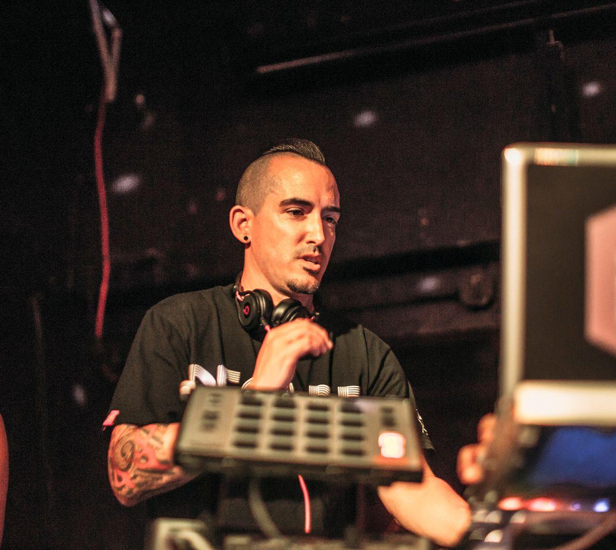 DJ Roueche 1