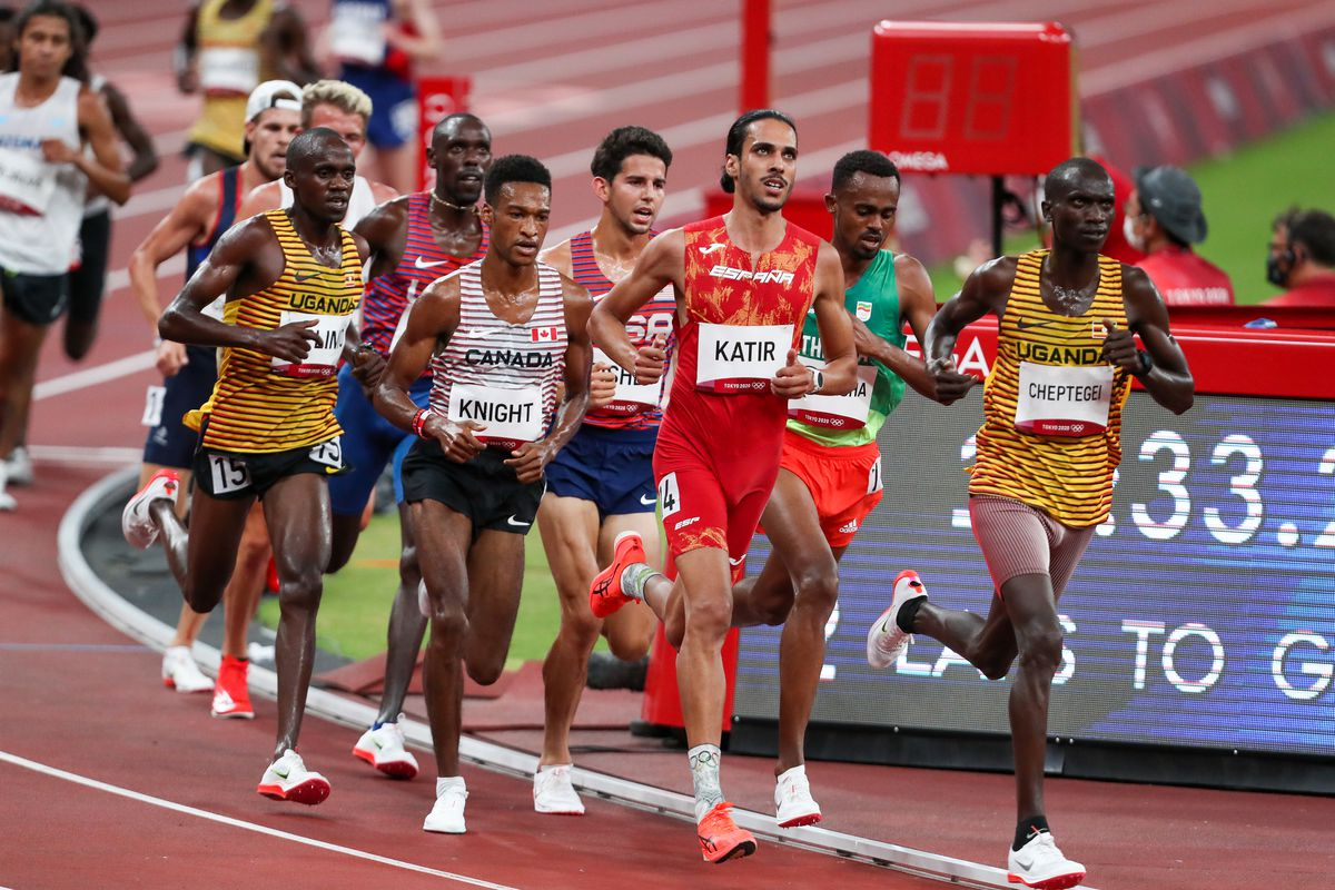 Joshua Cheptegei of Uganda leads the pack in the heats of the mens 5000m during the evening session of the Athletics event on Day 11 of the Tokyo 2020 Olympic Games at the Olympic Stadium on August 03, 2021 Tokyo, Japan.