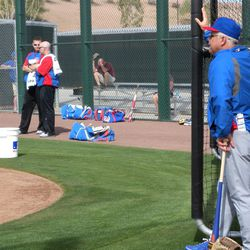 Rick Renteria watches his troops