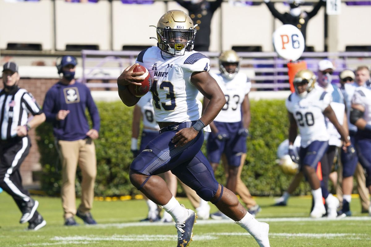 NCAA Football: Navy at East Carolina