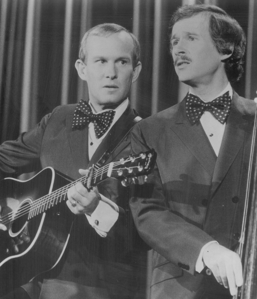 In this 1974 file photo, The Smothers Brothers (Tommy, left and Dick) were about to open for a week of songs and satire at the legendary Mister Kelly's nightclub in Chicago.   SUN-TIMES FILE PHOTO