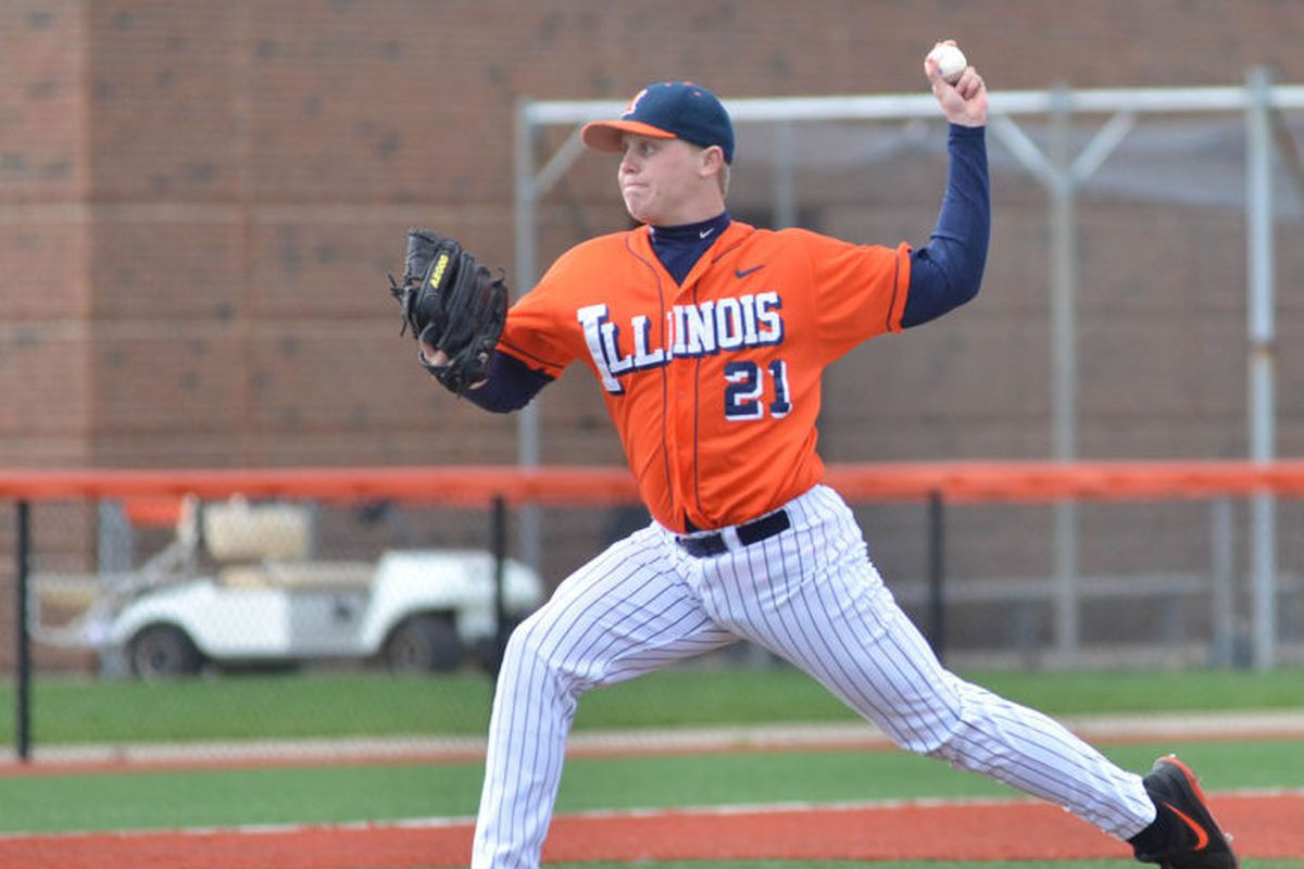 Kevin Duchene delivers pitch for No. 7 Illinois, winners of 21 straight