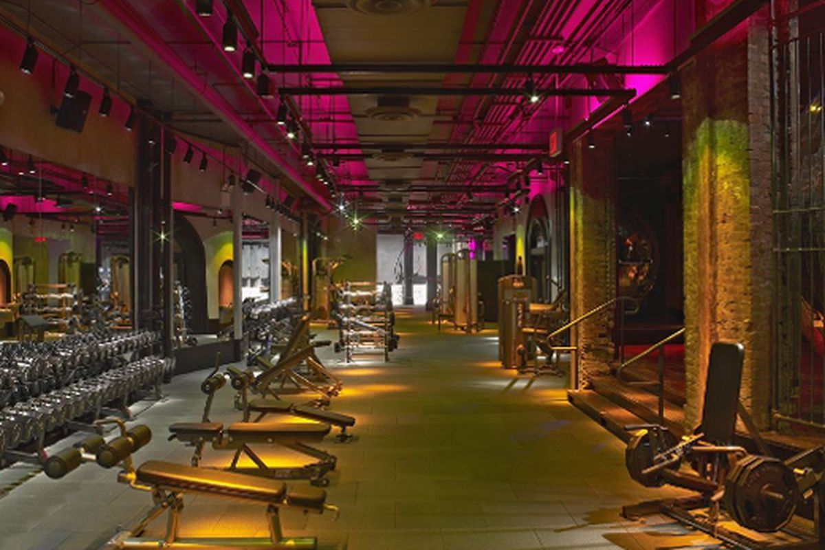 """David Barton's Astor Place gym continues to be completely insane. Photo via <a href=""""http://blogs.fashionweekdaily.com/?p=17763"""">FWD</a>"""
