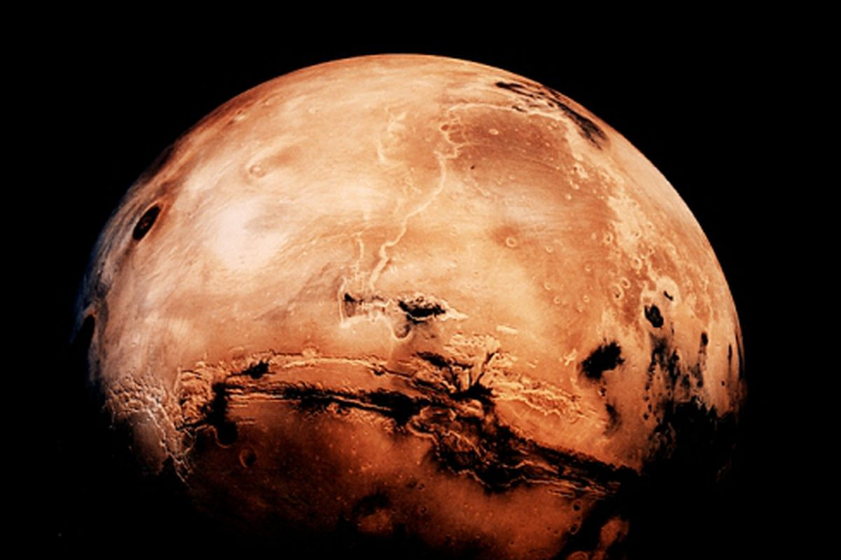 young mars warmed by methane bursts might have flowed with water the verge. Black Bedroom Furniture Sets. Home Design Ideas