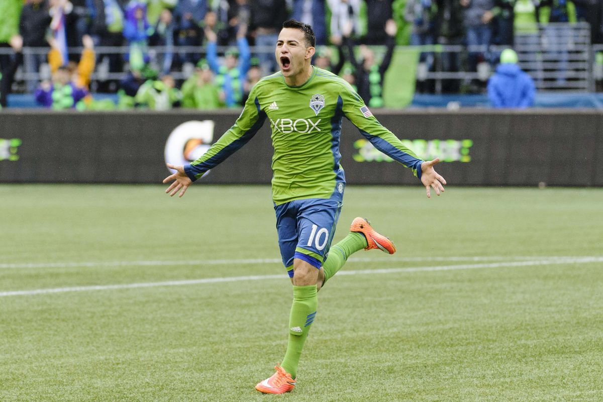 Marco Pappa wins Univision Deportes MLS Player of the Year