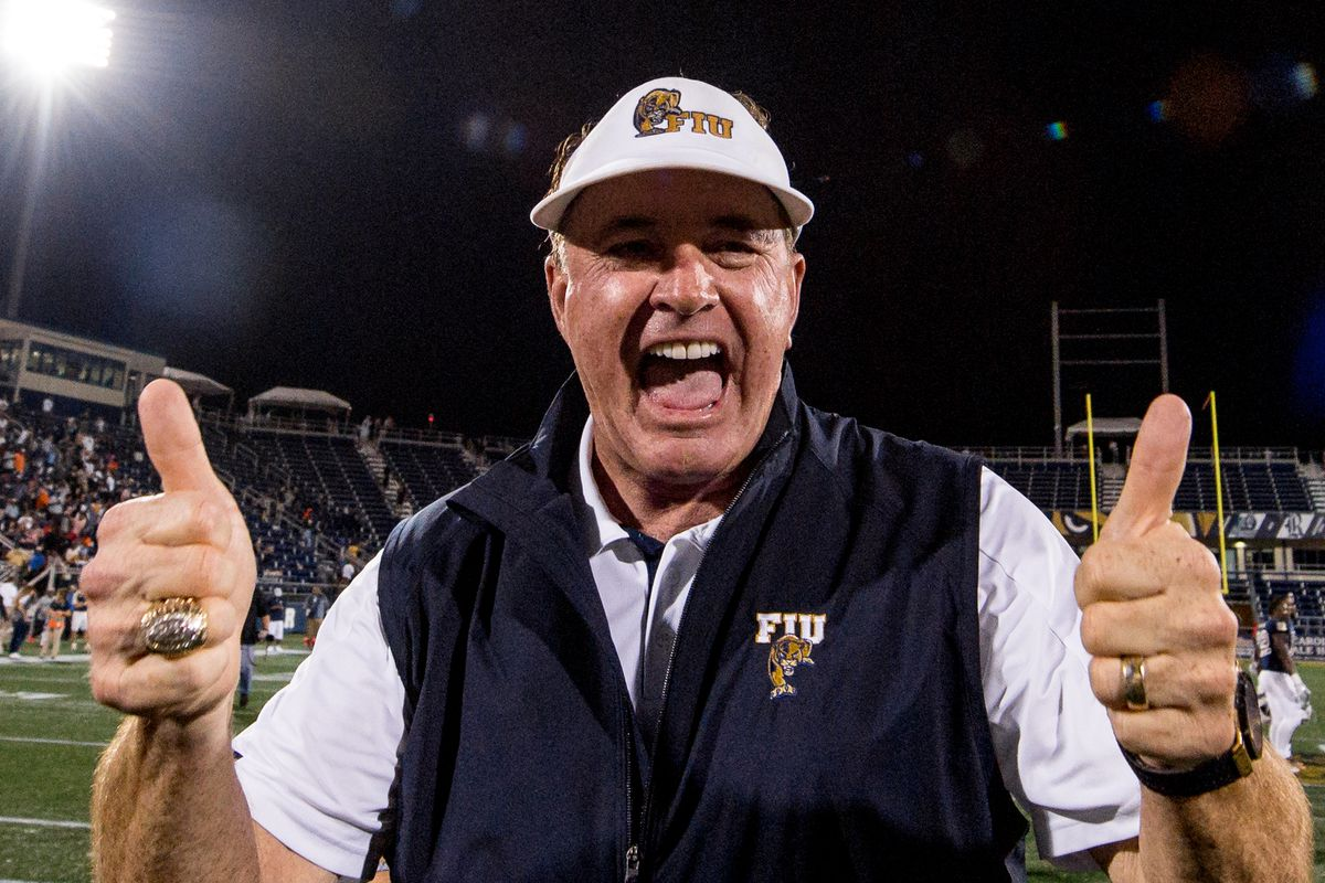bc34002d6 2018 FIU football preview  Butch Davis is a year ahead of schedule ...