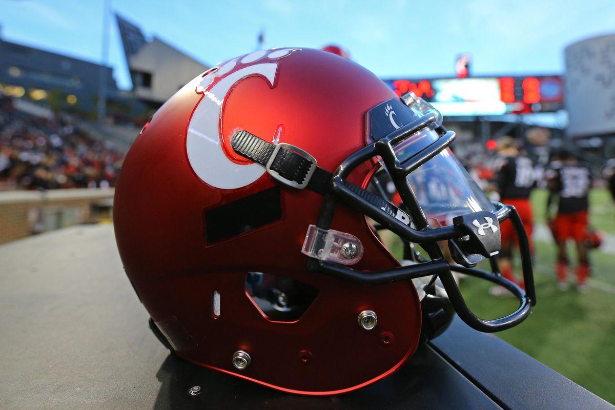 NCAA Football: Brigham Young at Cincinnati