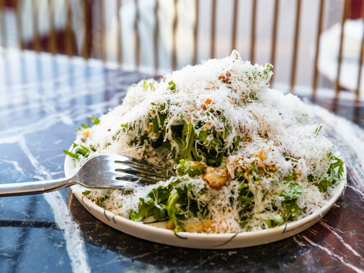 18 Refreshing And Satisfying Restaurant Salads In Nyc