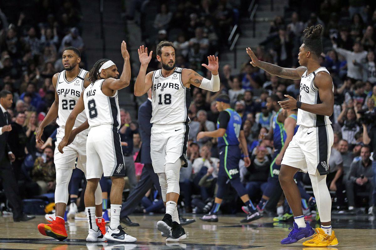 Dallas Mavericks v San Antonio Spurs