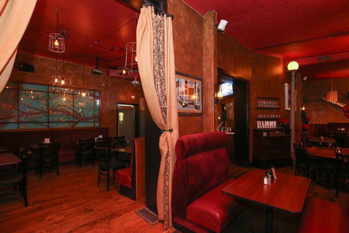 The Centennial Tavern at Jonesy's
