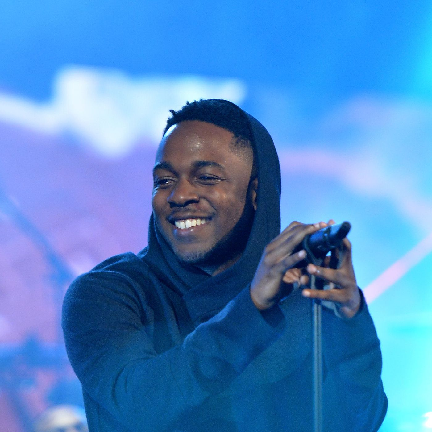 To Pimp A Butterfly Kendrick Lamar S New Album Is Perfect The Verge
