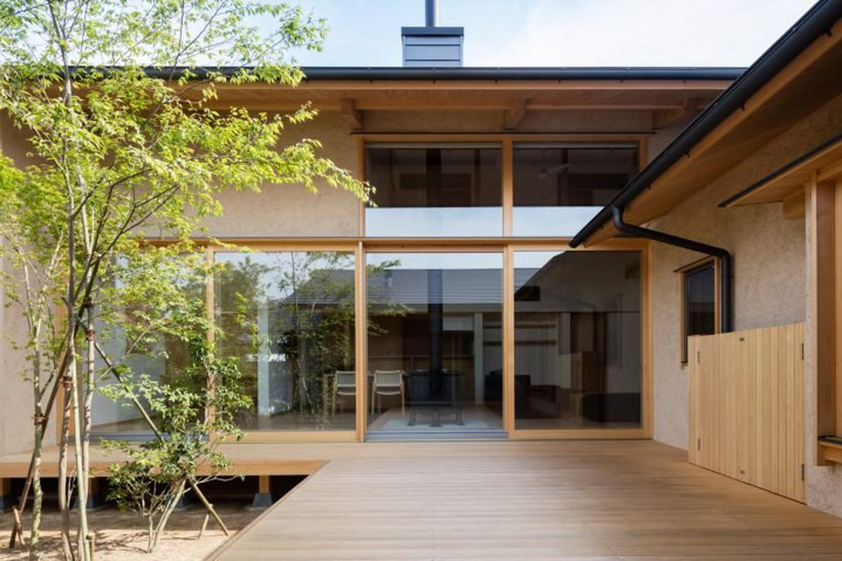 Courtyard House Modern Design Japan on One Story Floor Plan
