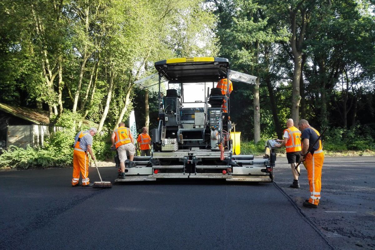 waste toilet paper used to pave roads in Netherlands