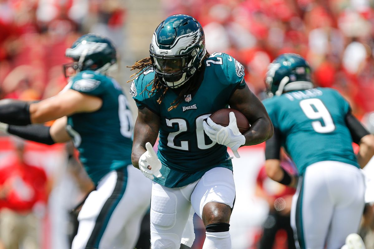 c38339cf127 Could Mike Weber's injury move the Cowboys to sign this free agent running  back?
