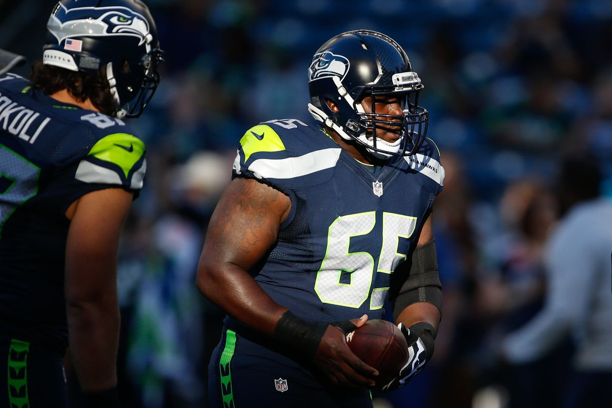 Former Starting Center Patrick Lewis Among Ex Seahawks