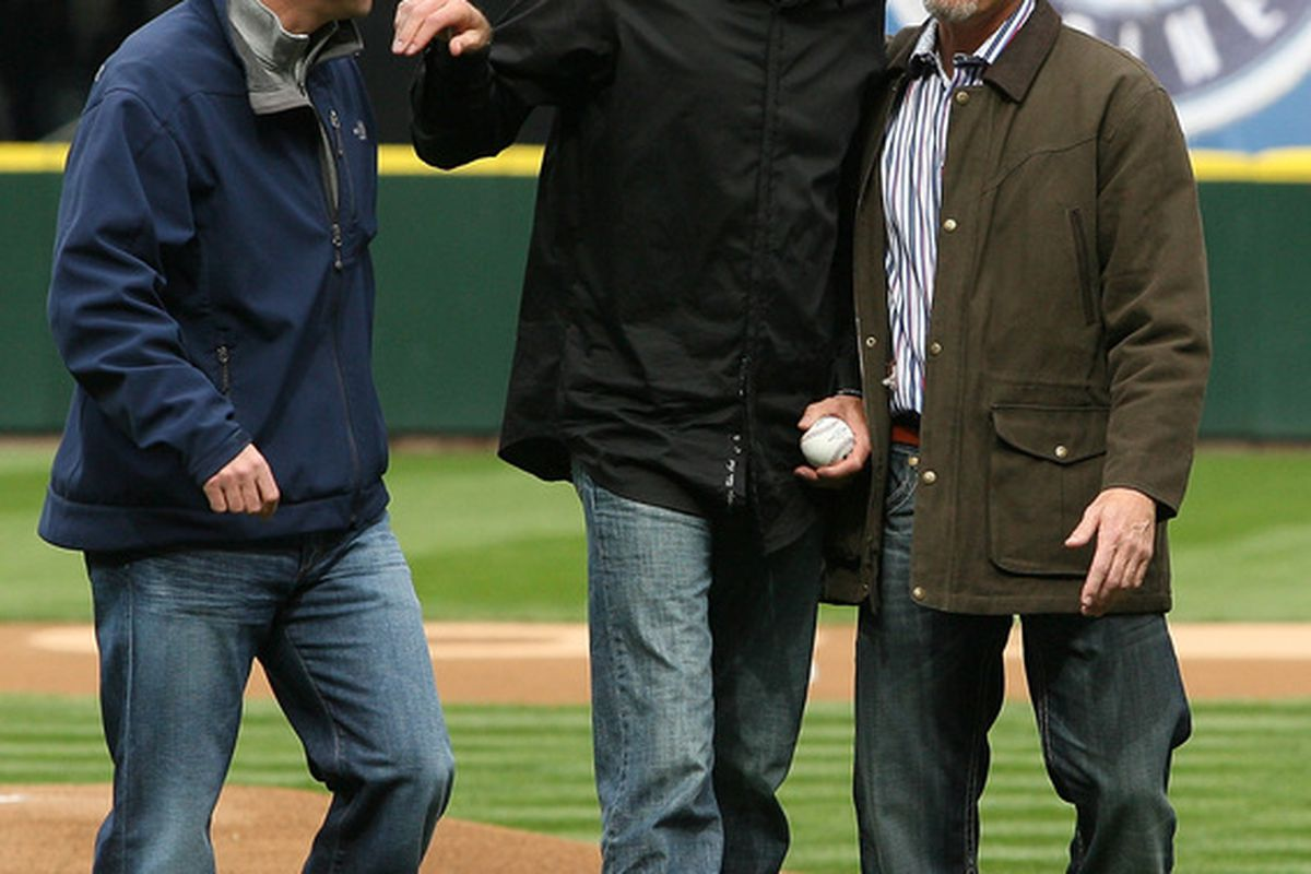 Jay Buhner appears uncomfortable around Randy Johnson. I don't blame him. Though it appears Dan Wilson is jealous.
