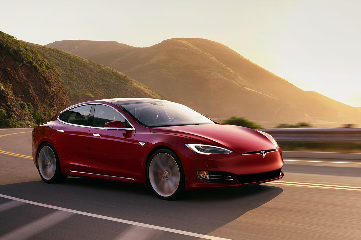 the new tesla model s p100d is faster than all these cars the verge. Black Bedroom Furniture Sets. Home Design Ideas