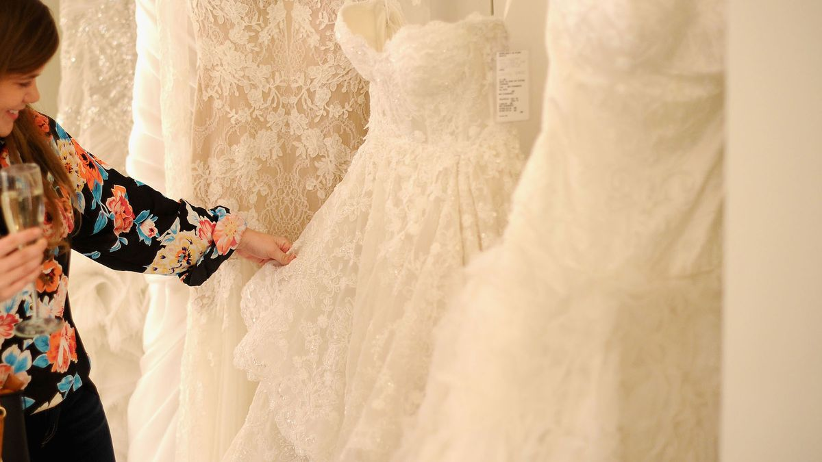 Real Talk: Buying a Wedding Dress Isn\'t Easy - Racked