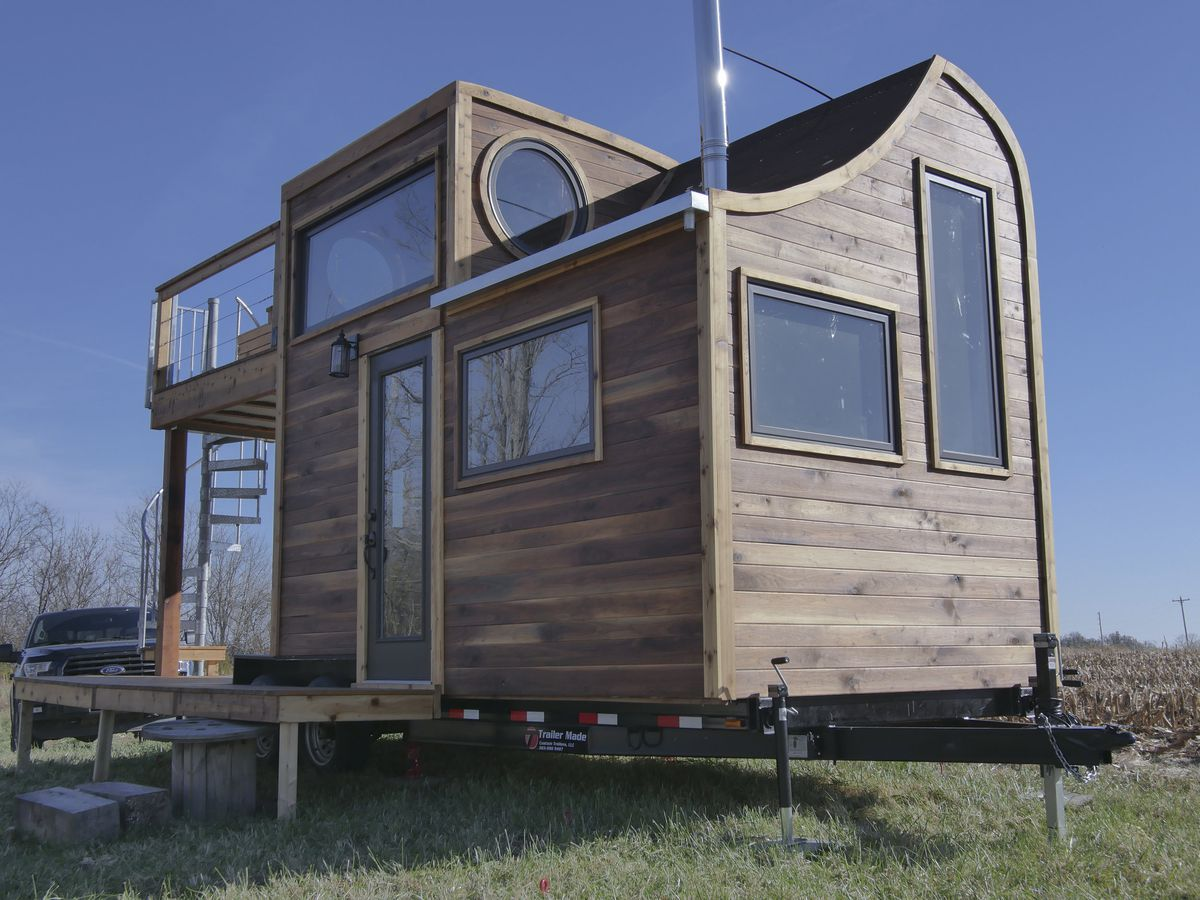 Whimsical tiny house is a masterpiece of craftsmanship - Curbed