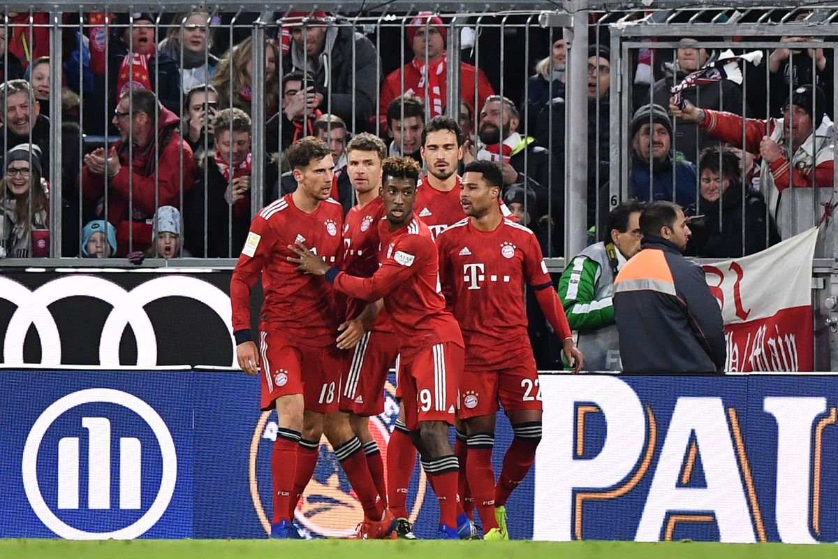 MUNICH, GERMANY - JANUARY 27: Leon Goretzka of Bayern Munich (L) celebrates after scoring his team's third goal with team mates during the Bundesliga match between FC Bayern Muenchen and VfB Stuttgart at Allianz Arena on January 27, 2019 in Munich, Germany.