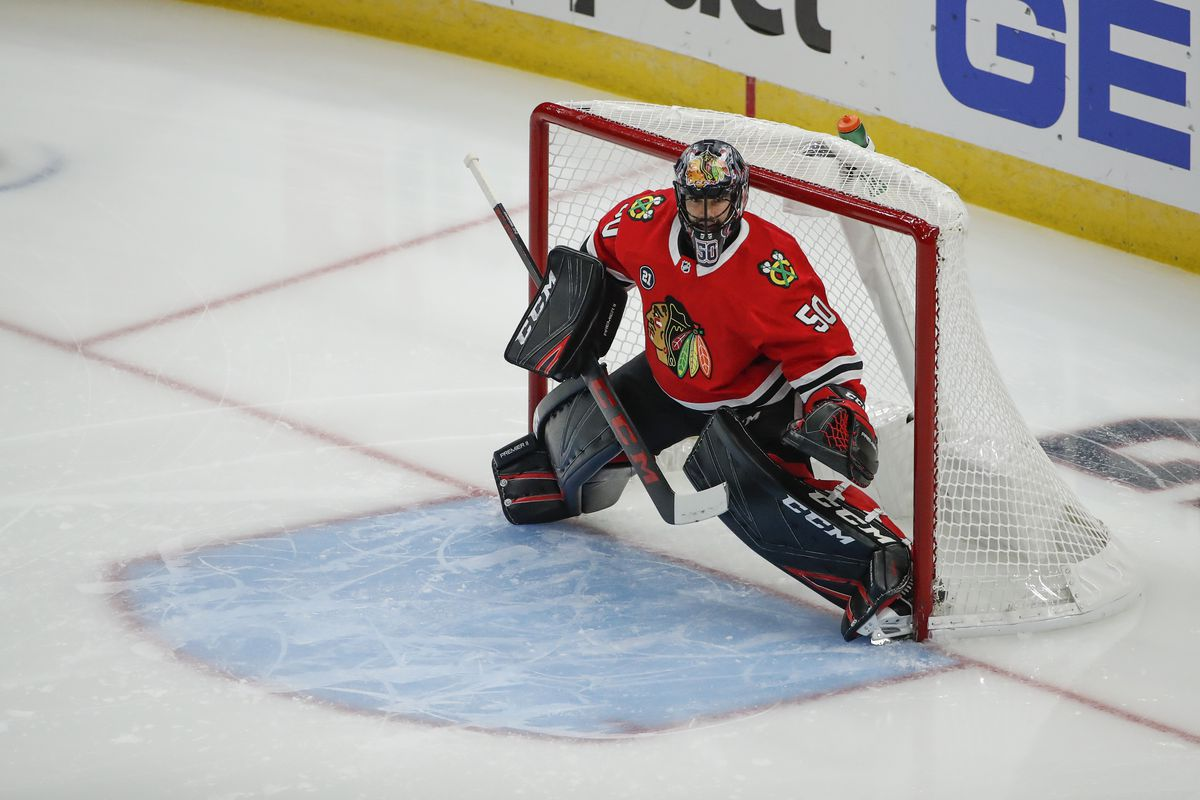 48bd78e026e2e Blackhawks goaltender Corey Crawford practices for first time since  concussion