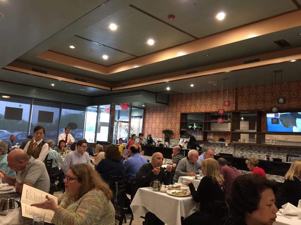 Where To Eat Along The Long Island Expressway Heading East
