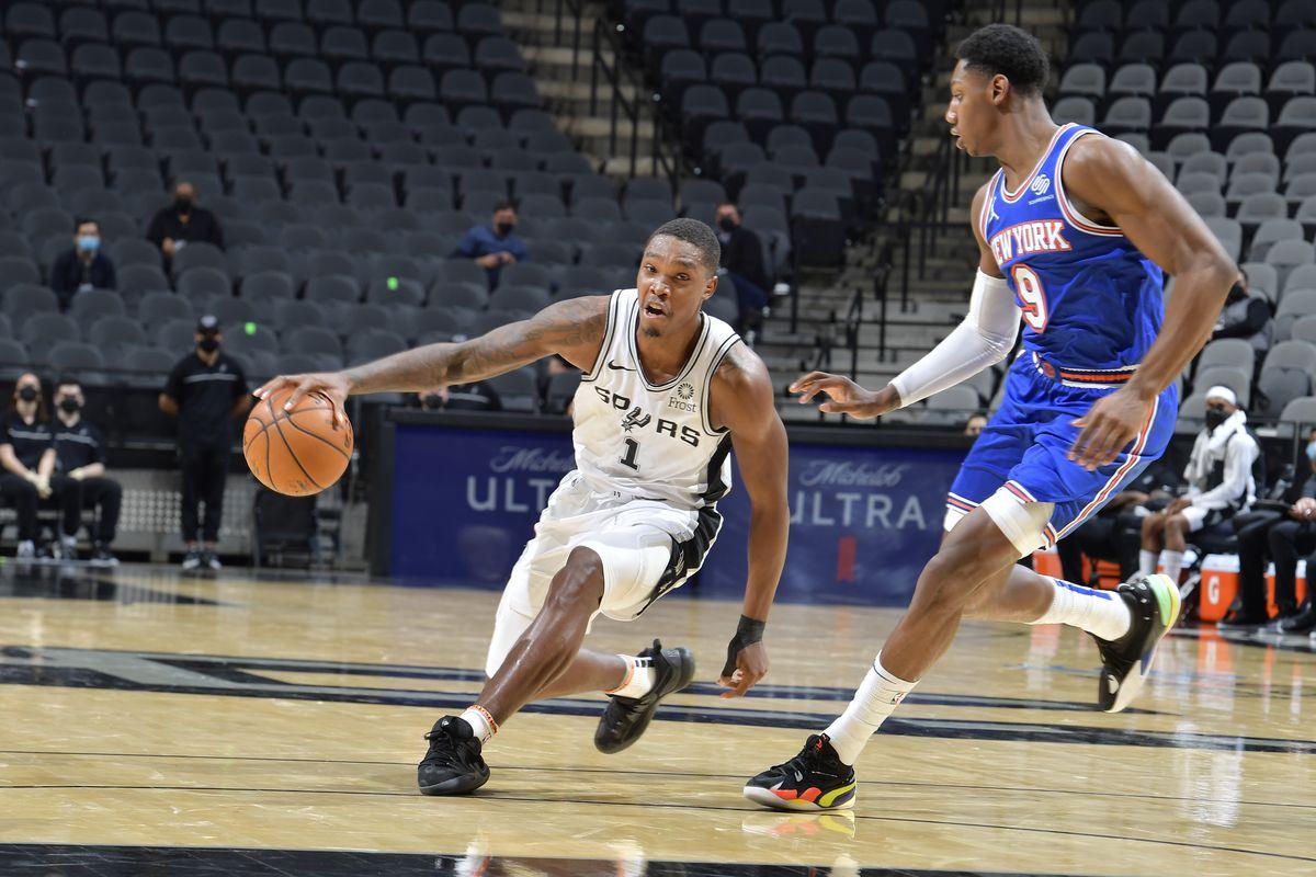 New York Knicks v San Antonio Spurs